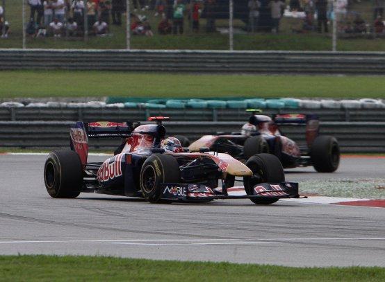 Toro Rosso: Gara in Malesia compromessa da uno stop and go e dal degrado delle gomme