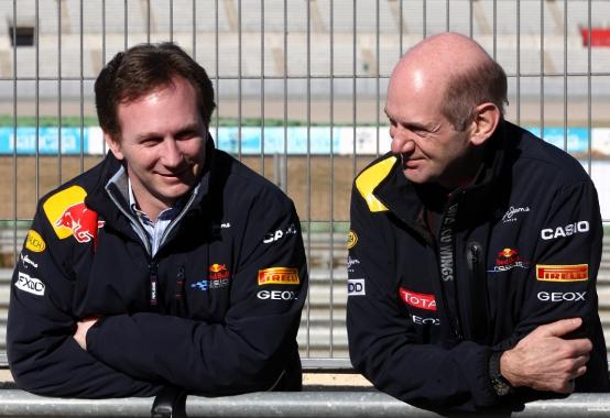Red Bull: Newey non copierà gli scarichi Renault