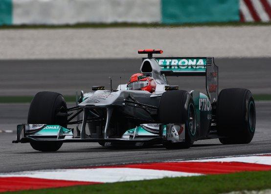 Stuck sostiene che la Mercedes dovrebbe progettare un nuovo telaio