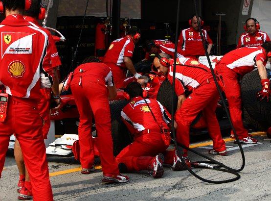 Inizia un mese importante per la Ferrari