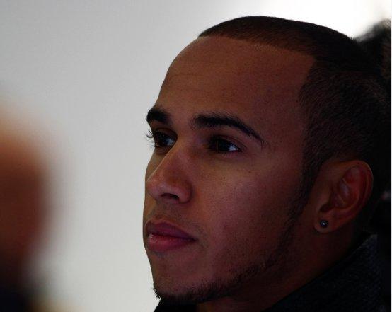 """Lewis Hamilton: """"A Barcellona potrebbe essere molto utile il DRS"""""""