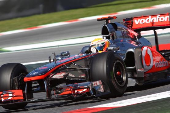 Hamilton contento di aver pressato Vettel