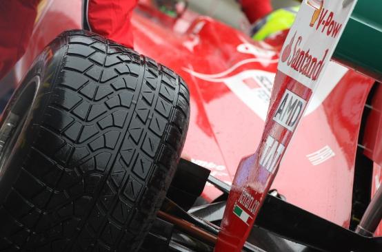 """Pirelli: """"Piu' gomme da bagnato a disposizione dei team di F1"""""""