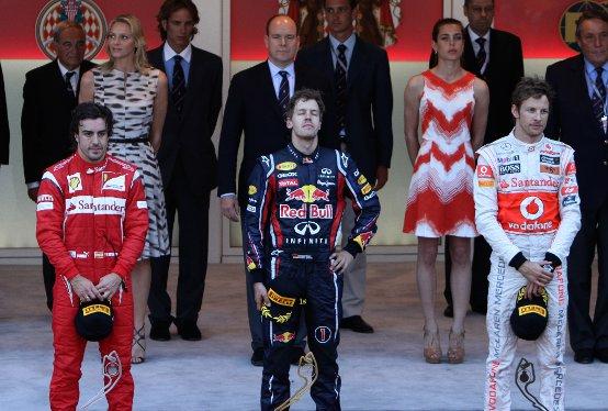 """Alonso: """"Vettel sulla strada per il secondo titolo"""""""