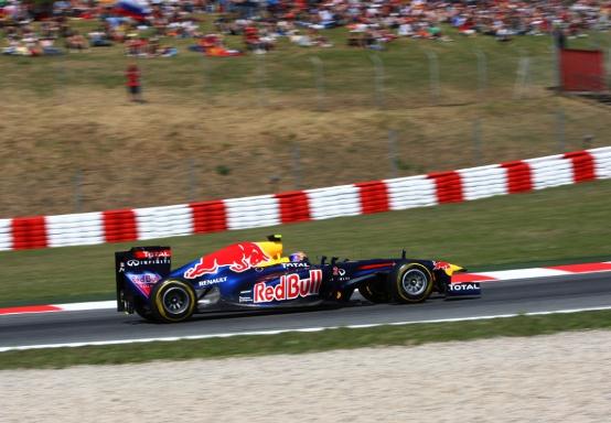 """Red Bull usa il DRS anche in curva. Hamilton: """"Difficile vincere il titolo"""""""