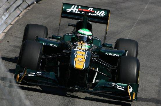 """Tony Fernandes vince la prima battaglia nella disputa sul nome """"Lotus"""""""