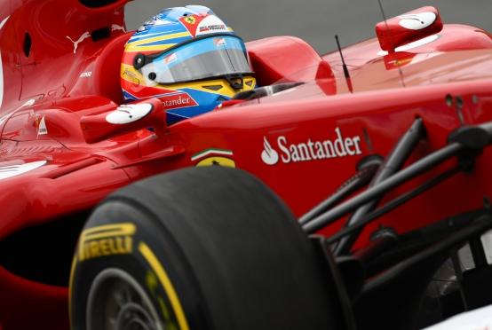 """Alonso: """"Il podio è alla portata della Ferrari"""""""