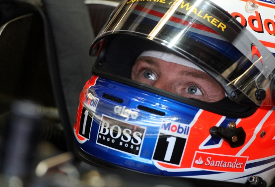 McLaren pronta a pagare di più per trattenere Button