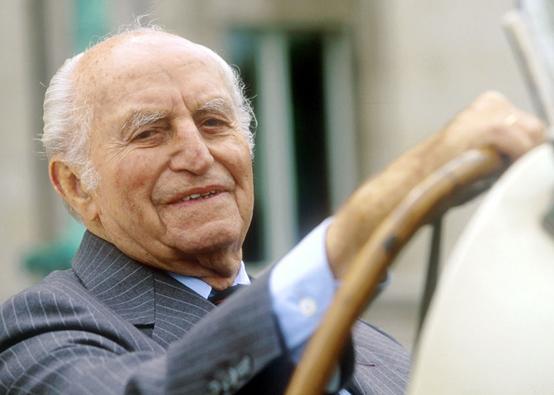 Paul Pietsch compie oggi 100 anni