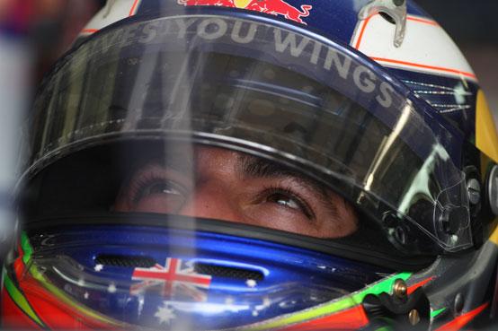 Ufficiale: Daniel Ricciardo correrà con la HRT da Silverstone
