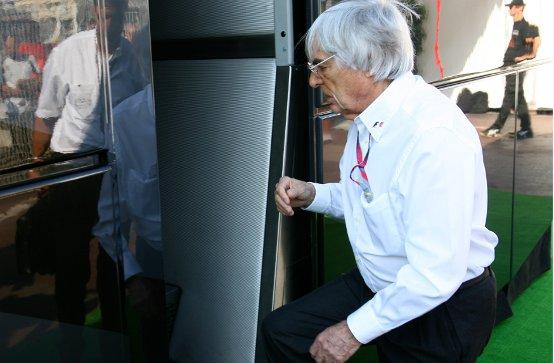 F1: Il Bahrain giudica vergognoso il voltafaccia di Ecclestone