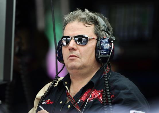 """Ascanelli: """"La Toro Rosso deve iniziare a pensare al 2012"""""""