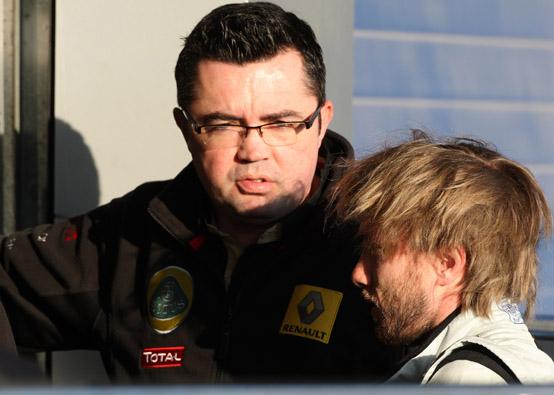 Boullier respinge le voci che vorrebbero la Renault in difficoltà economiche