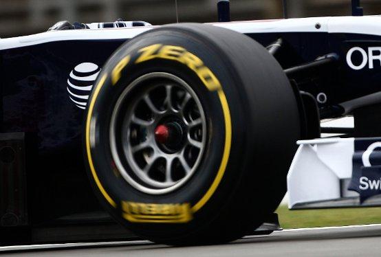"""Hungaroring, Pirelli: """"I team dovranno gestire le gomme con temperature elevate e superficie scivolosa"""""""