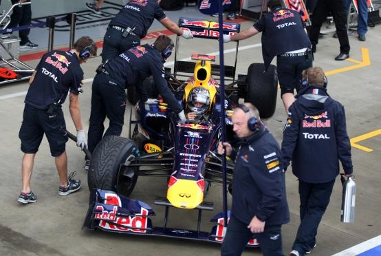 F1: Scarichi soffianti, Red Bull e Renault possono usarli per la FIA