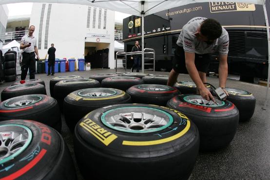 Pirelli, scelte le mescole per le gare di F1 in Belgio, Italia e Singapore