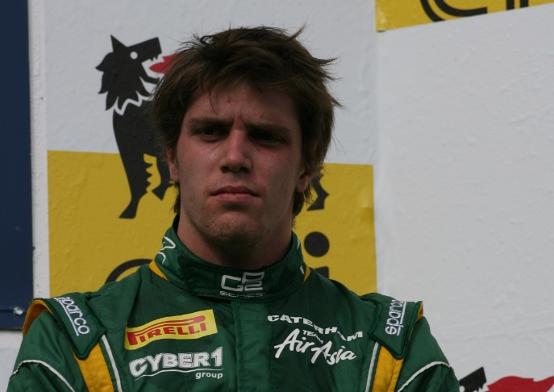 Luiz Razia spera di debuttare in F1 nel 2012