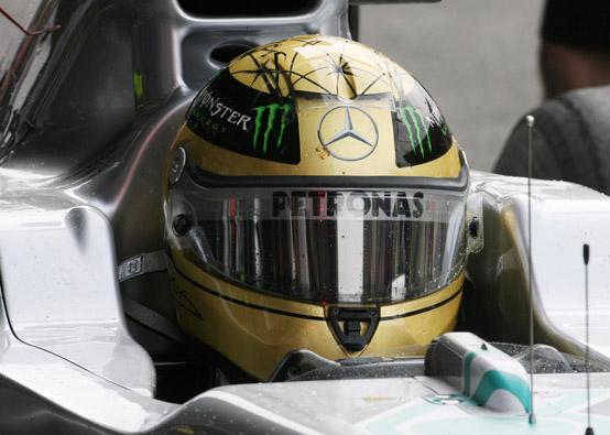 """Schumacher: """"Tante cose sono cambiate a Spa negli ultimi vent'anni, ma non di certo il tempo!"""""""