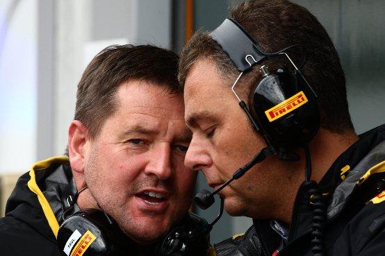 """Direttore Motorsport Pirelli, Paul Hembery: """"Singapore, una delle maggiori sfide dell'anno per Pirelli"""""""