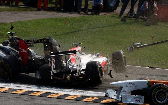 Liuzzi sarà penalizzato di cinque posizioni in griglia nel GP di Singapore per l'incidente innescato a Monza