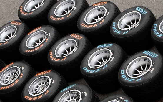 """Pirelli, Paul Hembery: """"Siamo soddisfatti delle prestazioni e della durata di entrambe le mescole P Zero qui a Singapore"""""""