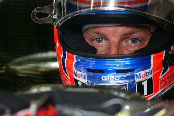 GP Giappone, Prove Libere 1: Button davanti, incidente per Vettel