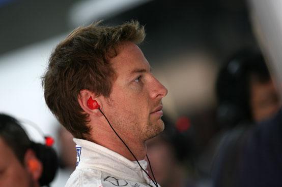 GP Abu Dhabi, Prove Libere 1: Button al comando