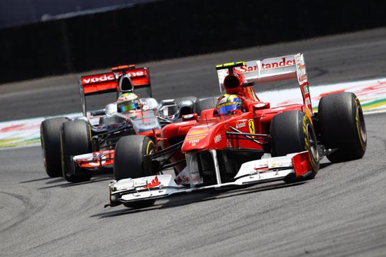 Hamilton mette fine alle ostilità con Felipe Massa con un abbraccio
