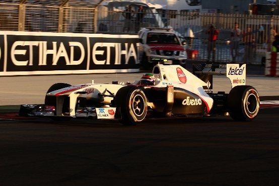"""Sauber: Perez e Kobayashi in difficoltà a """"scaldare"""" le gomme ad Abu Dhabi"""