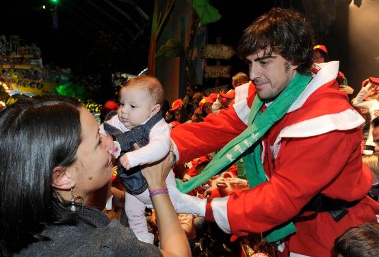 Ferrari: Tanti bambini per la festa di Natale