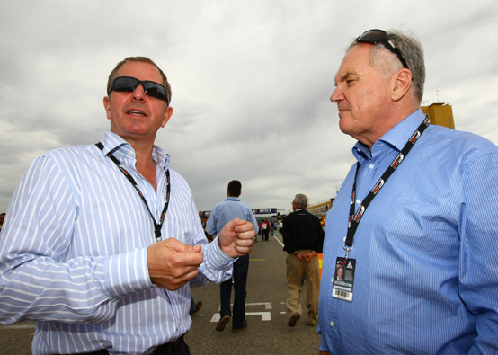 """Martin Brundle: """"Lewis Hamilton deve essere in grado di cambiare mentalità per il 2012"""""""