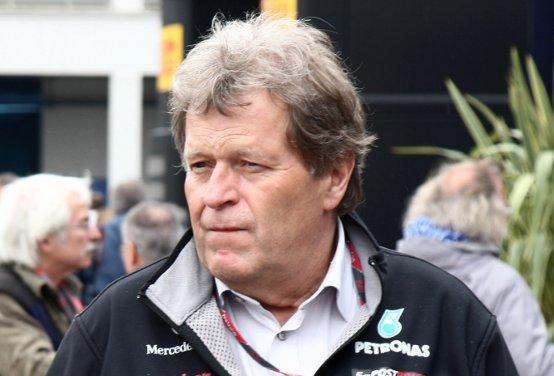 """Mercedes GP, Haug: """"Vogliamo testare la macchina una volta completata, per questo necessitiamo di più tempo"""""""