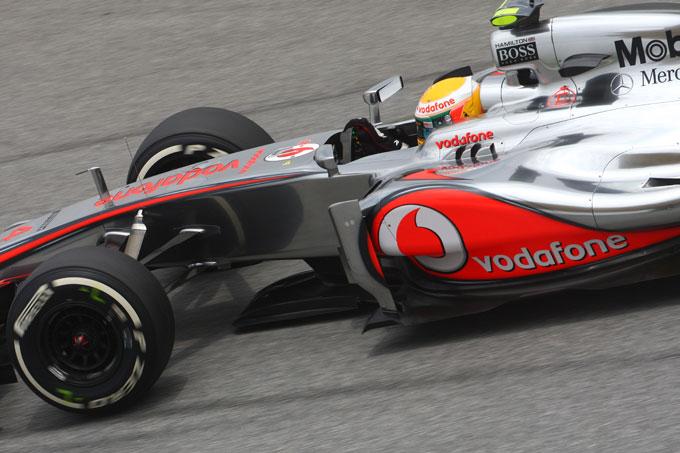 GP Malesia: Hamilton in pole a Sepang davanti a Button e Schumacher