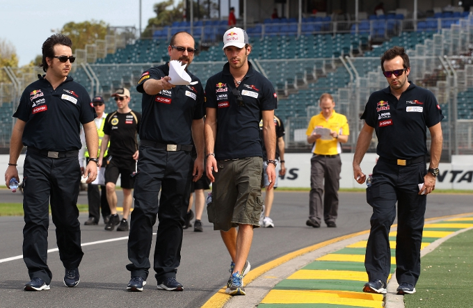 La FIA ha confermato le due zone DRS a Melbourne