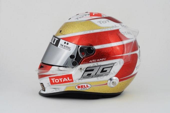 Grosjean festeggia con un casco speciale i 500 GP della Lotus