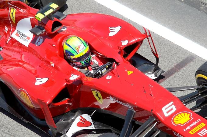 """La Ferrari considera """"divertenti"""" le voci su Massa"""
