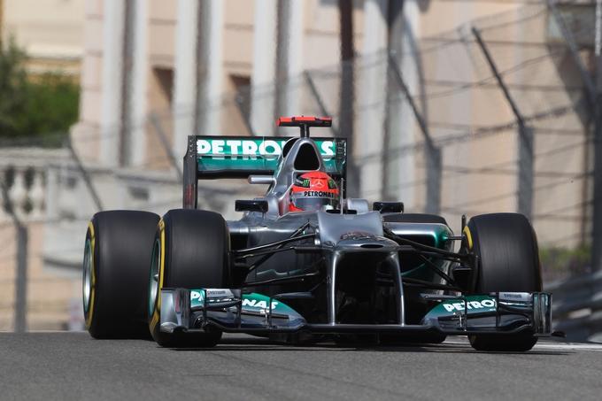 GP Monaco, Schumacher in pole davanti a Webber, Alonso 6°