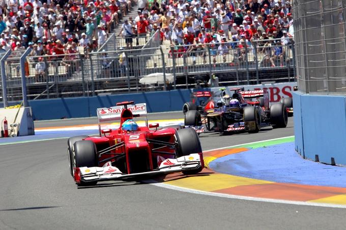 GP d'Europa: Alonso vince una gara inimmaginabile, ritirati Vettel, Grosjean e Hamilton