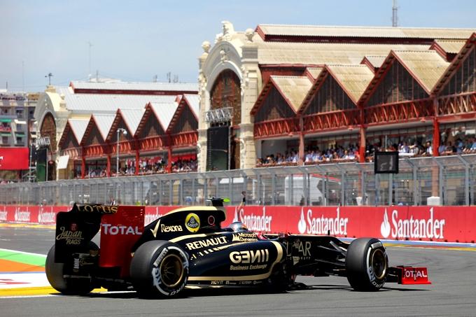 Renault Sport si scusa con Red Bull e Lotus