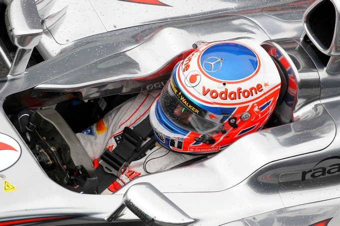 GP di Germania, Prove Libere 1: Button al top davanti a Hamilton, Alonso 3°