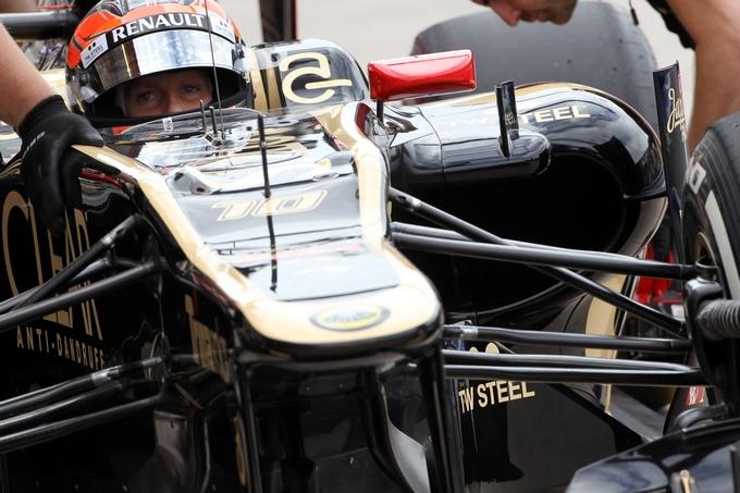 GP Gran Bretagna, Prove Libere 1: Grosjean il più veloce sotto la pioggia