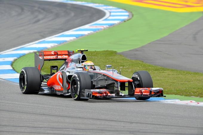 """GP Ungheria, Prove Libere 1: McLaren velocissime, Alonso terzo a 0""""5"""