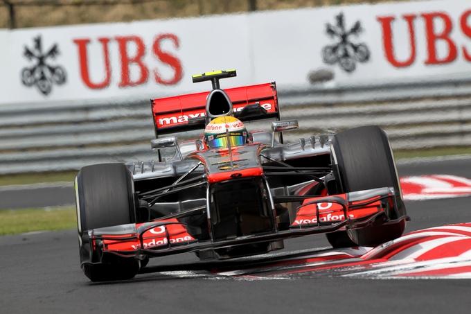 GP Ungheria: Hamilton in pole davanti a Grosjean e Vettel, Alonso solo 6°
