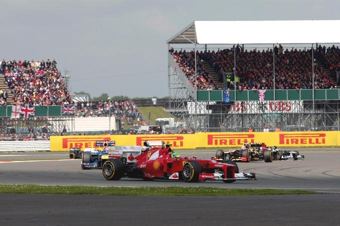 Massa convinto di restare in Rosso, Vettel giura fedeltà alla Red Bull