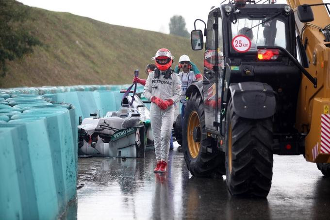 """Schumacher spiega l'incidente: """"Non è stato aquaplaning"""""""