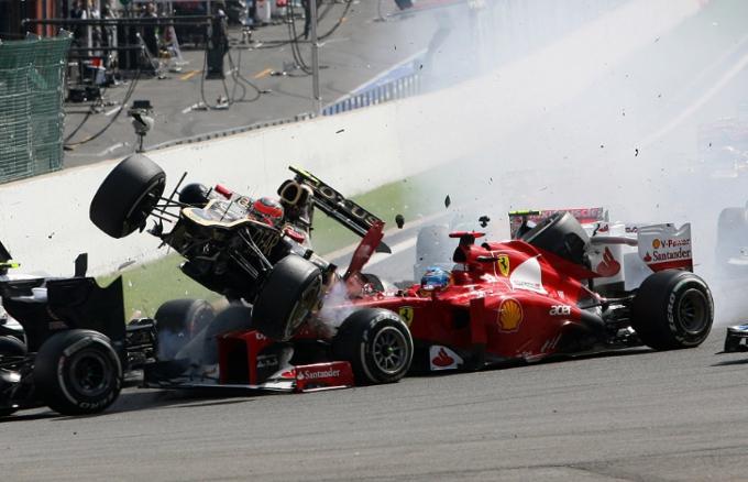 Dopo l'incidente di ieri a Spa, si torna a parlare di abitacoli chiusi in Formula 1