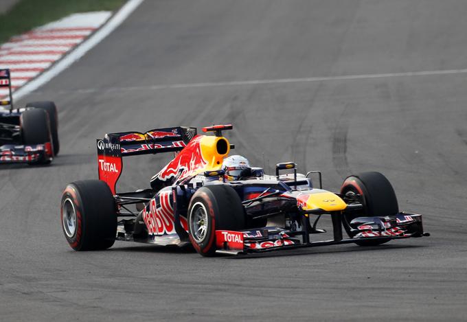 GP Corea: Vettel vince e va in testa al mondiale, Alonso terzo