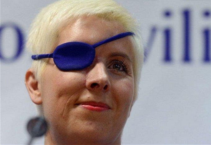 Maria de Villota sottoposta a un nuovo intervento chirurgico di ricostruzione cranica e oculare