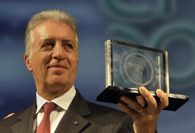 """Piero Ferrari insignito del Premio """"Sport Civiltà"""""""
