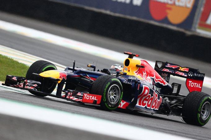 Pirelli: Vettel agguanta il Titolo mondiale con quattro pit stop  in Brasile